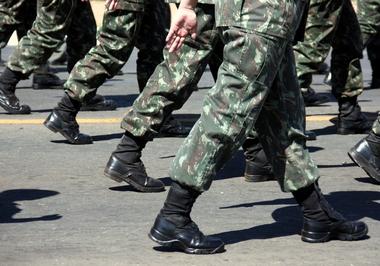 Os militares temporários: escravos da era moderna